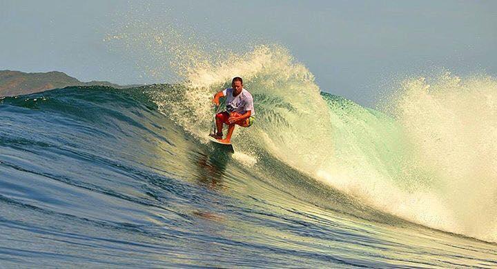 guanacaste surfing
